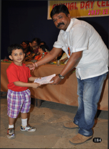 Mr. Shekhar Chavan giving the Prizes