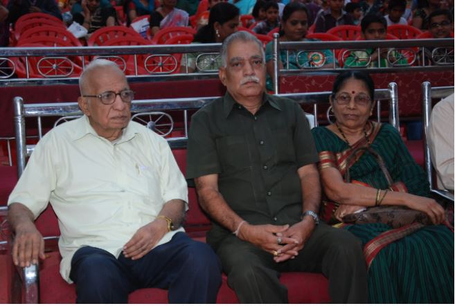 Respected Thomare sir at our Annual Day Pic 6